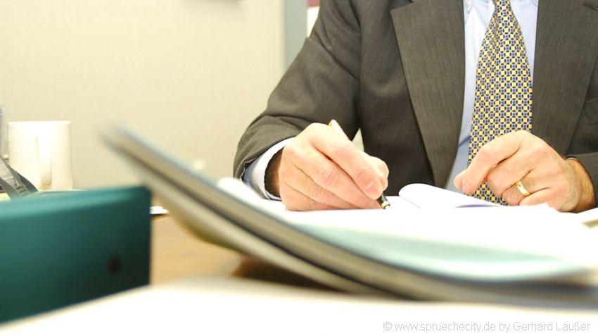 Muster Kündigungsschreiben und Vorlage kostenlos